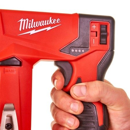 Milwaukee Akumulatorowy zszywacz M12BST 12V (6-14mm)